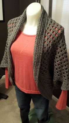 Granny Square Cocoon Shrug - front view. I used Red Heart yarn in Grey Heather, 2 Super Saver Jumbo skeins; K-6.5 crochet hook. Pattern by Maria Valles. One Size Fits Most, mannequin is a size 12.
