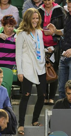New look: Andy Murray's girlfriend Kim Sears is clearly feeling a little more adventurous ...