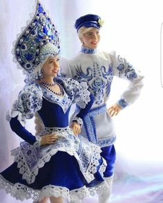 Gzhel style dolls - Alenushka and Ivanushka - Art Kaleidoscope Russian Beauty, Russian Fashion, Barbie Dress, Barbie Clothes, Ice Queen Costume, Russian Wedding, Carnival Costumes, Barbie Collection, Christmas Costumes