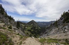 Dege Peak via Sourdough Ridge Trail in #MountRainierNationalPark, Washington.
