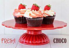 Postreadicción: Galletas decoradas, cupcakes y cakepops: Cupcakes de chocolate y fresa