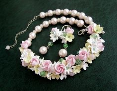 Flowers jewelery set Polymer clay roses flowers by morecolors #polymer_clay_flowers #flowers_necklace #floral_jewelry #morecolors_Etsy #Antonina_Lobchuk #flowers_earrings