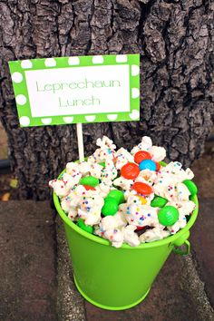 Leprechaun Lunch- recipe and printable for a cute St. Patricks Day dessert