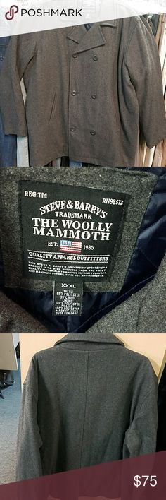 Steve & Barry coat. Size 3XL This men's coat is in excellent used condition it is made of 65% polyester 35% wool it is lined with 100% polyester made in China. This jacket can be hand washed and cold water. Please refer to the pictures. Steve & Barry's Jackets & Coats