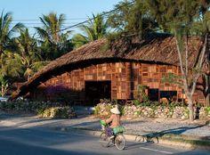 Nhà gỗ Việt Nam lọt 'top' kiến trúc đẹp nhất thế giới http://designs.vn/tin-tuc/nha-go-viet-nam-lot-top-kien-truc-dep-nhat-the-gioi_14841.html