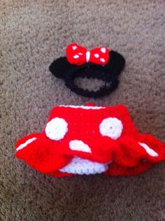 Crocheted Minnie Mouse outfit for a baby!! Super cute!!
