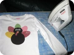 no-sew applique shirt tutorial (try this with the handprint turkey!)