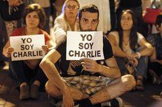 Yo soy Charlie. Manifestación en Lima http://www.lemonde.fr/attaque-contre-charlie-hebdo/portfolio/2015/01/08/de-lima-a-tirana-des-centaines-de-je-suis-charlie-rassembles-en-hommage-aux-victimes-de-l-attentat_4551194_4550668.html