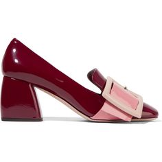 Miu Miu Buckled patent-leather pumps (6.455 ARS) ❤ liked on Polyvore featuring shoes, pumps, heels, miu miu, burgundy, mid heel loafer, mid heel pumps, block heel loafers, slip on shoes and block heel pumps
