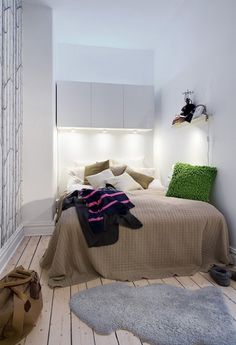 how to decorate a bedroom with no windows how to decorate bedrooms rh pinterest com