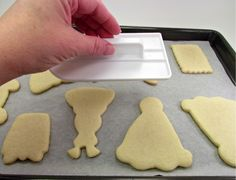 Make your cookies nice and flat for decorating.  http://thebearfootbaker.com/2012/03/flatten-my-cookies-and-not-my-hair/