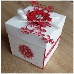 image Magic Box, Diy Gift Box, Diy Box, Christmas Cookies Packaging, Birthday Explosion Box, Exploding Gift Box, Scrapbook Box, Diy And Crafts, Paper Crafts