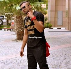 """The most famous Dialouge """"Aata Majhi Satakli"""" Comes again in Yo Yo Honey Singh's New Style Check out full info on http://sohnablog.com/"""