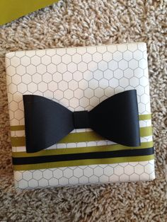DIY gift wrap for him with bow tie.