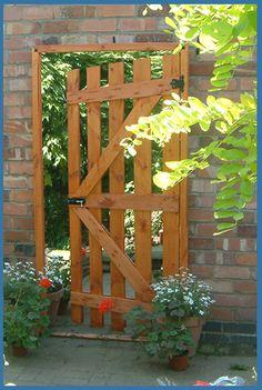 Garden Mirror Illusion Open Garden Gate ajar 6 Amazing Ways To Use Mirrors In Your Garden