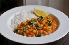 Csicseriborsós, fűszeres curry, amiből nem hiányzik a hús - Receptek   Sóbors Curry, Mint, Asian, Vegetables, Ethnic Recipes, Food, Curries, Essen, Vegetable Recipes