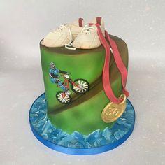 #triathlon #triathloncake #birthdaycake #30thbirthday 30th Birthday, Birthday Cake, Celebration Cakes, Triathlon, Desserts, Food, 30 Year Anniversary, Shower Cakes, Tailgate Desserts