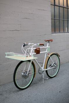 Peoples choice award winner of best utility bike.  I need one of these puppies with their motor assist.