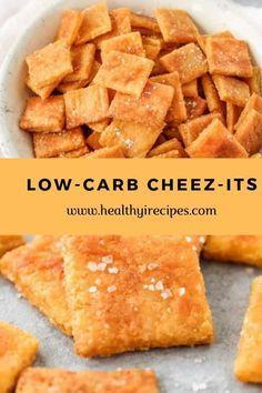 Low-carb cheez-its - Keto Recipes Keto Foods, Ketogenic Recipes, Keto Snacks, Cheese Snacks, Keto Cheese, Carb Free Snacks, Low Carb Bread, Keto Bread, Low Carb Keto