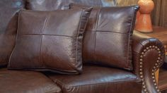 We're proud to feature a variety of leather styles and designs, many of them manufactured right here in Texas. Shop these pieces TODAY and take home a your own piece of expert leather craftsmanship from Gallery Furniture! | Houston TX | Gallery Furniture |