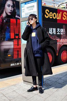 Jung sohyun, seoul fashion week 2016 f/w корейска Seoul Fashion, Korea Fashion, Pop Fashion, Asian Fashion, Womens Fashion, Korean Fashion Kpop, Korean Fashion Summer, Korean Street Fashion, New Fashion Clothes