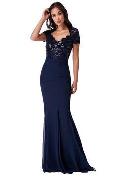 15d7fda28b74 38 nejlepších obrázků z nástěnky Dámské večerní šaty v roce 2019