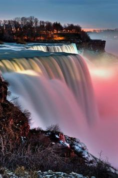 Niagara Falls, New York State Park, USA Listed in Real Simple as one of the most beautiful places to visit. Will it beat Victoria Falls? Beautiful Waterfalls, Beautiful Landscapes, Famous Waterfalls, Natural Waterfalls, Dream Vacations, Vacation Spots, Vacation Places, Beautiful World, Beautiful Places