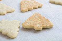 Make the perfect cut out sugar cookies every time without chilling the dough! Our recipe makes a soft cookie that's sturdy enough for icing! Sugar Cookie Recipe No Chill, Christmas Sugar Cookie Recipe, Sugar Cookies Recipe, Christmas Cookies, Cookie Desserts, Cookie Recipes, Dessert Recipes, Icing Recipes, Shortbread