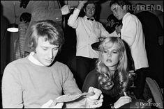 Sylvie Vartan et Johnny Hallyday ont eu un fils, le chanteur David Hallyday.