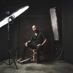 . Photography Lighting Techniques, Photography Lighting Setup, Studio Portrait Photography, Photography Lessons, Photo Lighting, Studio Portraits, Photography Tutorials, Light Photography, Portrait Lighting Setup