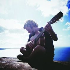 Jack Johnson, fellow Hawaii resident and incredible musician; a humanitarian who tends to donate 100% of profits from his tours to the arts & environment. He and his wife founded the Johnson Ohana Charitable Foundation in 2008. What an exceptional human being.