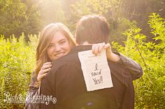 Rich Blessings Photography www.richblessingsphoto.com (865) 325-9241 facebook.com/richblessingsphoto Smoky Mountain Engagement Couples Photographer, Gatlinburg Engagement Photographer Pigeon Forge Photographer