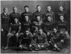 College - Notre Dame Football Team Picture Football Team Pictures, Football And Basketball, Team Photos, Football Jerseys, Notre Dame Athletics, Notre Dame Football, Curly Lambeau, Knute Rockne, Go Irish
