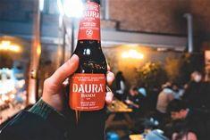 Das glutenfreie Daura Bier Irish Coffee, Guinness, Dublin, Pure Leaf Tea, Restaurant, Sauce Bottle, Soy Sauce, Pure Products, Drinks