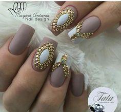 Creative Nail Designs, Creative Nails, Nail Art Designs, Nail Jewels, Nail Art Rhinestones, Gem Nails, Hair And Nails, Fancy Nails, Pretty Nails