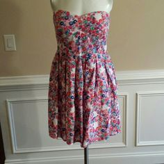 NO BOUNDARIES DRESS No Boundaries L/G (11-13) Floral PRINT Preowned No Boundaries Dresses Strapless