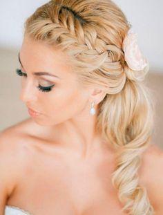 Bildergebnis für Brautfrisuren Lange Haare Halboffen Mit Schleier