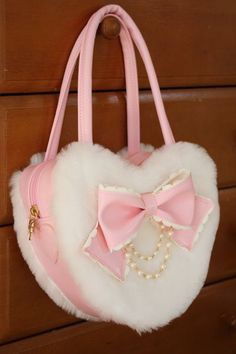 """White furry pink heart bag, with a bow and pearlsdollydollydolly: """" (via dalaranhime, sweetlolitas) """"First gentle snow Fashion Handbags, Purses And Handbags, Fashion Bags, Kawaii Fashion, Lolita Fashion, Mode Lolita, Mode Kawaii, Kawaii Bags, Kawaii Accessories"""