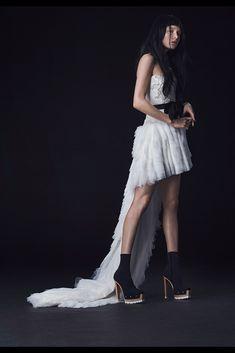 Vera Wang colección 2016. #NYBridalFashionWeek #novias #vestidosdenovia