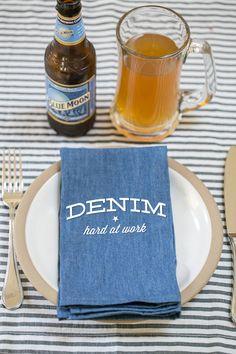 DIY Denim Napkins - Sugar and Charm Sugar and Charm Denim Decor, Denim Crafts, Ticking Stripe, Dinner Napkins, Hostess Gifts, Sweet Recipes, Mason Jars, Diys, Upcycle