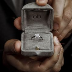 Carrie, Sparkling Diamonds, Heart Beating Fast, Fancy, Ring Verlobung, Beautiful Rings, Carry On, Jewelry Making, White Gold