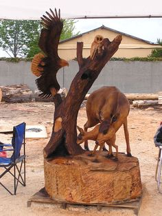 « Chainsaw Carving And Chainsaw Art – Bob King – Chainsaw King Chainsaw Wood Carving, Wood Carving Art, Wood Carvings, Tree Sculpture, Sculptures, Chain Saw Art, Tree Carving, Wood Creations, Wooden Art