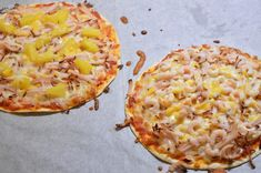 Viktväktarpizza på tortillabröd Lchf, Keto, Raw Food Recipes, Healthy Recipes, Low Carb Protein, Hawaiian Pizza, Enchiladas, Food To Make, Food And Drink