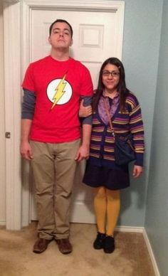 These funny Halloween costumes for women are hilarious. Find out the best funny Halloween costumes for women that you can use . These DIY costumes are easy Carnaval Costume, Cool Couple Halloween Costumes, Best Couples Costumes, Fete Halloween, Cute Halloween Costumes, Pirate Costumes, Vampire Costumes, Halloween Couples, Funny Couple Costumes