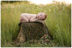 MN newborn photographer Outdoor newborn photos