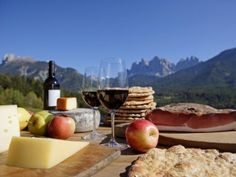 Typical products from South Tyrol such as bacon, cheese and wine can be tasted vauf the first South Tyrol Gourmet Festival. Tyrol, Austria.