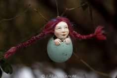 Ready for easter? This is cute little pixie girl called Kati. She is handmade by me. Her size measures about 2,5 inch (6,5 cm). She comes including nylon