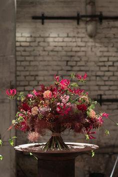 Spring Wedding Flowers, Fall Flowers, Cut Flowers, Creative Flower Arrangements, Floral Arrangements, Corporate Flowers, Floral Artwork, Flower Decorations, Flower Designs