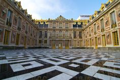 Palace of Versailles, France | 26 Real Places That Look Like They've Been Taken Out Of Fairy Tales