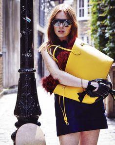 Irish blogger and style icon Angela Scanlon takes you on a trip around her favourite London spots with the iconic Neverfull handbag. ( via @Angela Gray Gray Gray Scanlon )  © Louis Vuitton / Jamie McGregor Smith